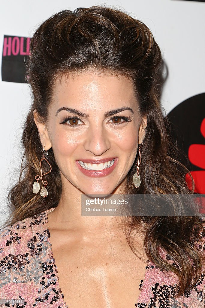 Actress Renee Marino arrives at the Hellman & Waters 4th annual salute to the stars Oscar event at W Hollywood on March 2, 2014 in Hollywood, California.