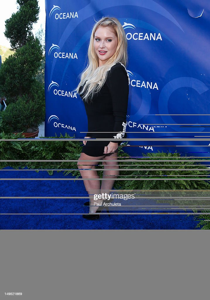 Actress Renee Olstead attends the 2012 Oceana's SeaChange summer party on July 29, 2012 in Laguna Beach, California.