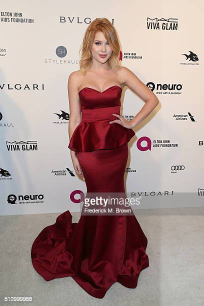 Actress Renee Olstead attends the 24th Annual Elton John AIDS Foundation's Oscar Viewing Party on February 28 2016 in West Hollywood California