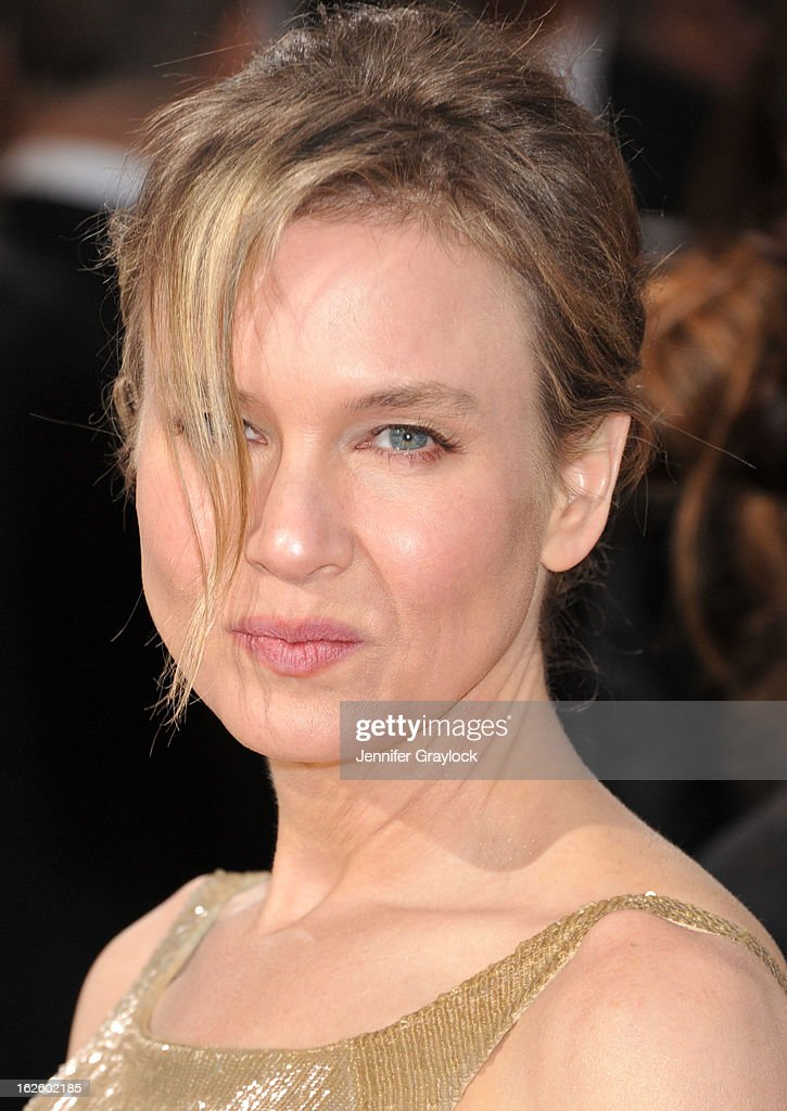Actress Renee Zellweger attends the 85th Annual Academy Awards at Hollywood & Highland Center on February 24, 2013 in Hollywood, California.