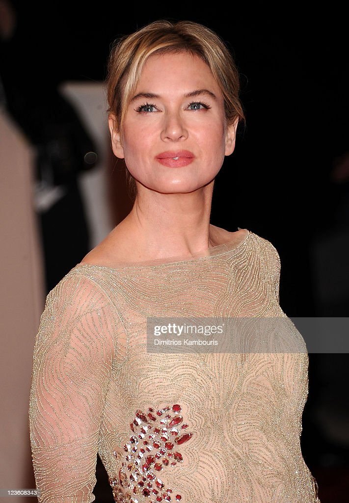 Actress Renee Zellweger attends the 'Alexander McQueen: Savage Beauty' Costume Institute Gala at The Metropolitan Museum of Art on May 2, 2011 in New York City.