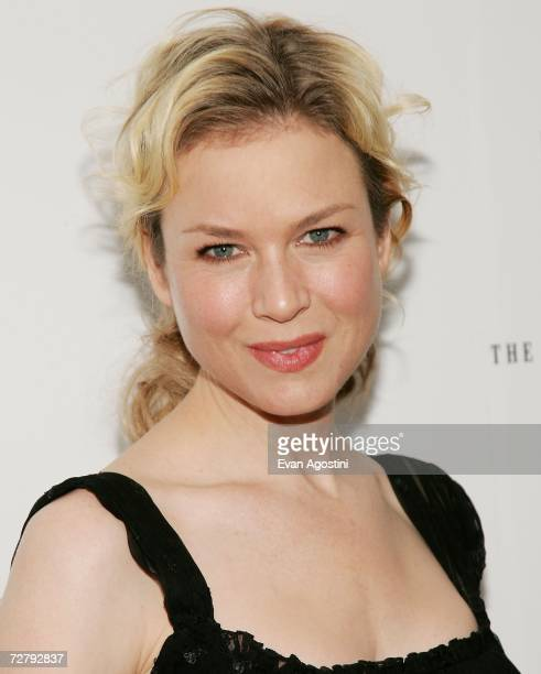 Actress Renee Zellweger attends the 'Miss Potter' film premiere at the Director's Guild of America Theater December 10 2006 in New York City