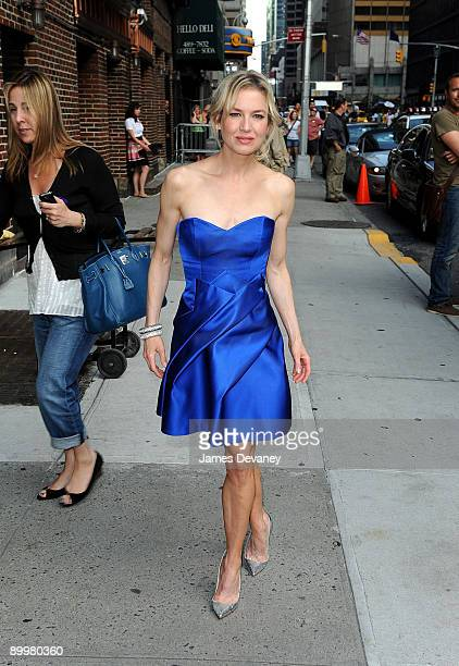 Actress Renee Zellweger visits 'Late Show with David Letterman' at the Ed Sullivan Theater August 20 2009 in New York City