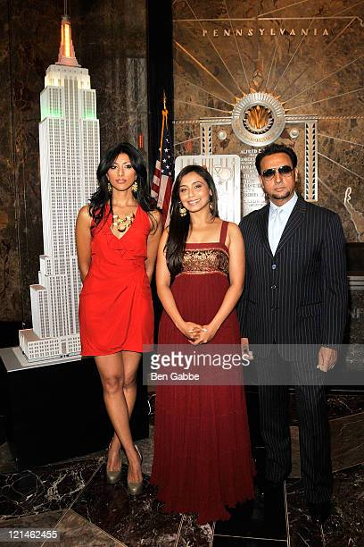 Actress Reshma Shetty Actress Rani Mukherjee and Actor Gulshan Grover visit The Empire State Building on August 19 2011 in New York City