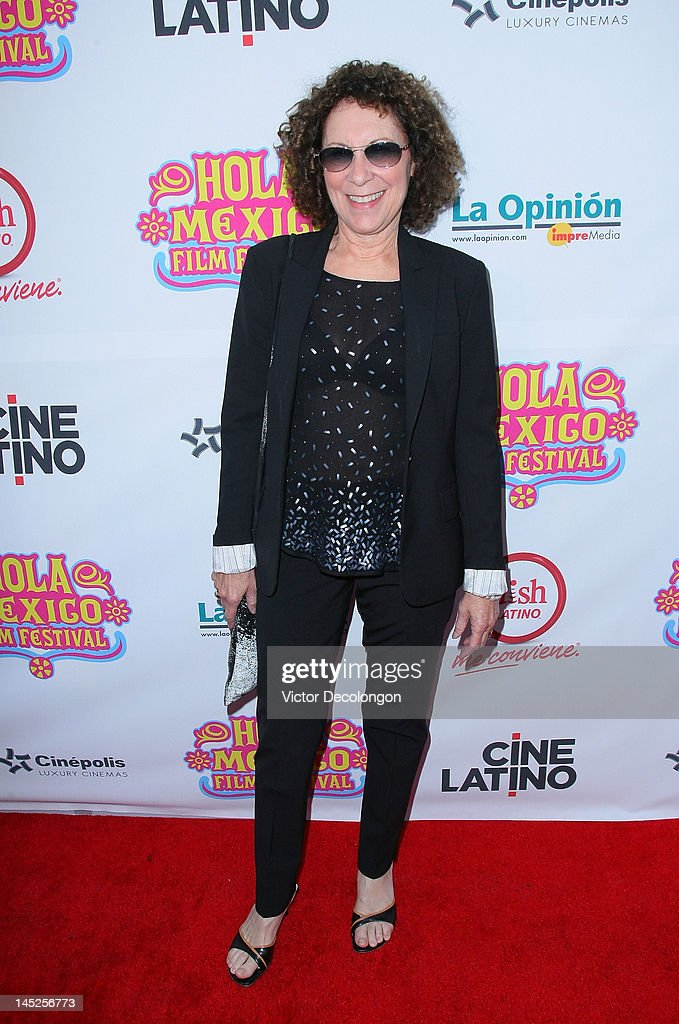 Actress Rhea Perlman arrives for the 2012 Hola Mexico Film Festival Opening Night at The Ricardo Montalban Theatre on May 24, 2012 in Hollywood, California.