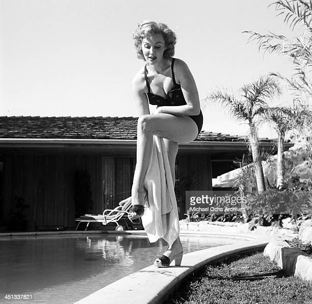 Actress Rhonda Fleming pose at home in Los Angeles California