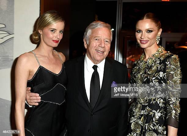Actress Ricki Noel Lander New England Patriots owner Robert Kraft and fashion designer Georgina Chapman attend the 2015 Vanity Fair Oscar Party...