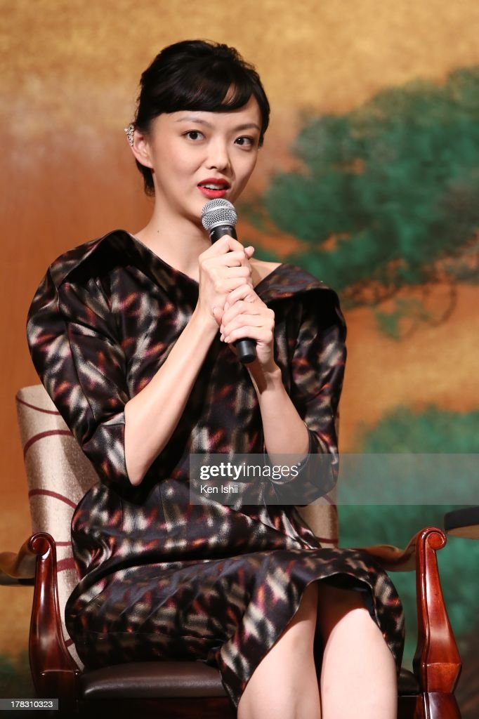 Actress <a gi-track='captionPersonalityLinkClicked' href=/galleries/search?phrase=Rila+Fukushima&family=editorial&specificpeople=10133717 ng-click='$event.stopPropagation()'>Rila Fukushima</a> attends the 'The Wolverine' press conference at the Meguro Gajyoen on August 29, 2013 in Tokyo, Japan.