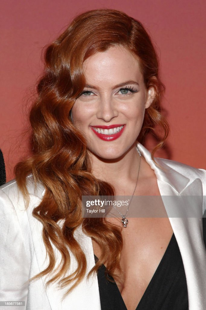 Actress <a gi-track='captionPersonalityLinkClicked' href=/galleries/search?phrase=Riley+Keough&family=editorial&specificpeople=706267 ng-click='$event.stopPropagation()'>Riley Keough</a> attends the 2013 Whitney Gala and Studio party at Skylight at Moynihan Station on October 23, 2013 in New York City.