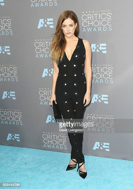 Actress Riley Keough attends The 21st Annual Critics' Choice Awards at Barker Hangar on January 17 2016 in Santa Monica California