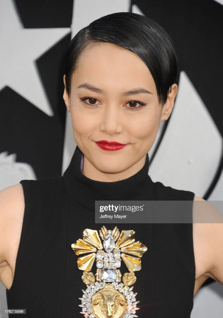 Actress <a gi-track='captionPersonalityLinkClicked' href=/galleries/search?phrase=Rinko+Kikuchi&family=editorial&specificpeople=616782 ng-click='$event.stopPropagation()'>Rinko Kikuchi</a> arrives at the 'Pacific Rim' - Los Angeles Premiere at Dolby Theatre on July 9, 2013 in Hollywood, California.