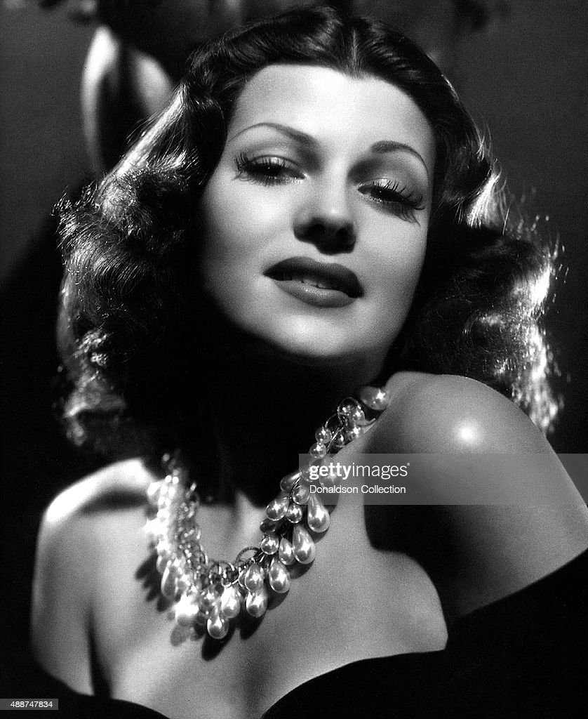 Actress <a gi-track='captionPersonalityLinkClicked' href=/galleries/search?phrase=Rita+Hayworth&family=editorial&specificpeople=70013 ng-click='$event.stopPropagation()'>Rita Hayworth</a> poses for a publicity still circa 1940.