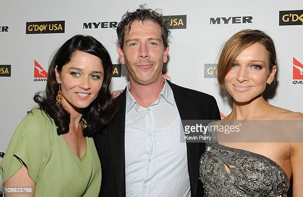 Actress Robin Tunney actor Ben Mendelsohn and Kate Beahan attend the G'Day USA 2010 Black Tie gala at the Hollywood Highland Center on January 16...