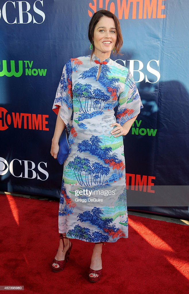 Actress <a gi-track='captionPersonalityLinkClicked' href=/galleries/search?phrase=Robin+Tunney&family=editorial&specificpeople=217771 ng-click='$event.stopPropagation()'>Robin Tunney</a> arrives at the 2014 Television Critics Association Summer Press Tour - CBS, CW And Showtime Party at Pacific Design Center on July 17, 2014 in West Hollywood, California.