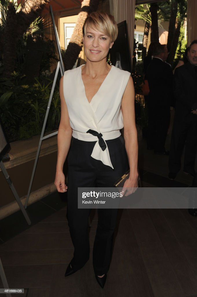 Actress <a gi-track='captionPersonalityLinkClicked' href=/galleries/search?phrase=Robin+Wright&family=editorial&specificpeople=207147 ng-click='$event.stopPropagation()'>Robin Wright</a> attends the 14th annual AFI Awards Luncheon at the Four Seasons Hotel Beverly Hills on January 10, 2014 in Beverly Hills, California.