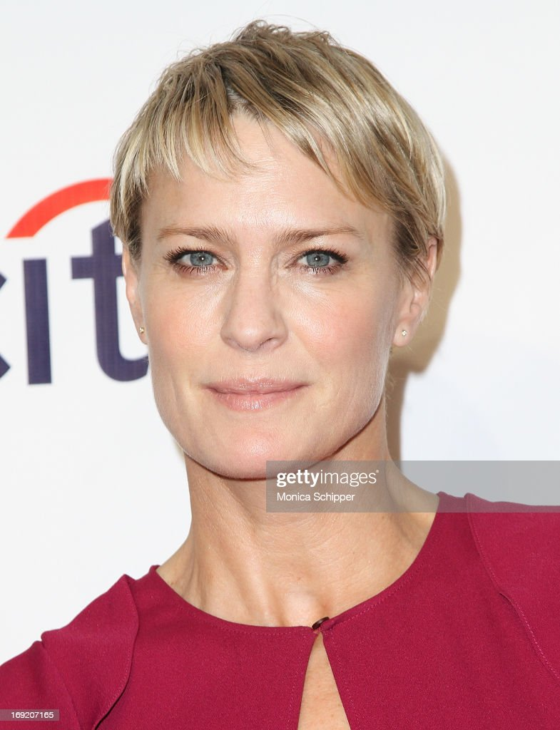 Actress <a gi-track='captionPersonalityLinkClicked' href=/galleries/search?phrase=Robin+Wright&family=editorial&specificpeople=207147 ng-click='$event.stopPropagation()'>Robin Wright</a> attends the 2013 Webby Awards at Cipriani Wall Street on May 21, 2013 in New York City.