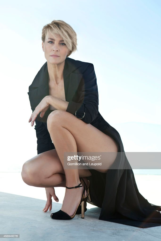 Robin Wright, Amica, April 1, 2012