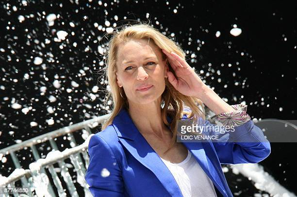 US actress Robin Wright Penn arrives in front of the Carlton palace to promote the movie 'A Christmas Carol' directed by US Robert Zemeckis at the...