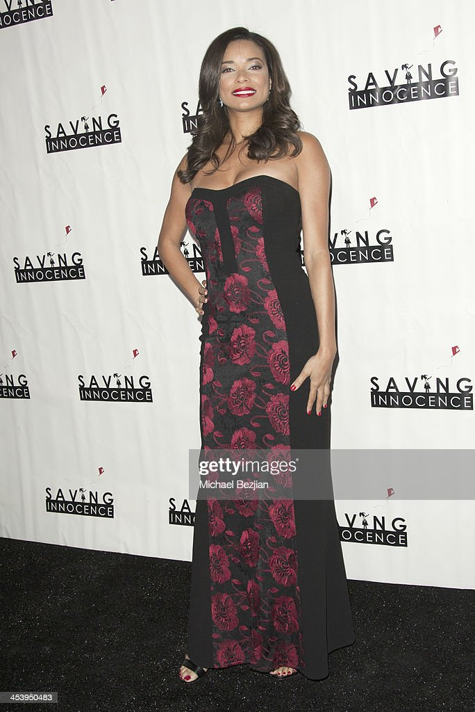 Actress <a gi-track='captionPersonalityLinkClicked' href=/galleries/search?phrase=Rochelle+Aytes&family=editorial&specificpeople=843599 ng-click='$event.stopPropagation()'>Rochelle Aytes</a> arrives at the 2nd Annual Saving Innocence Gala Hosted By Kellan Lutz And Keke Palmer - Arrivals at The Crossing on December 5, 2013 in Los Angeles, California.