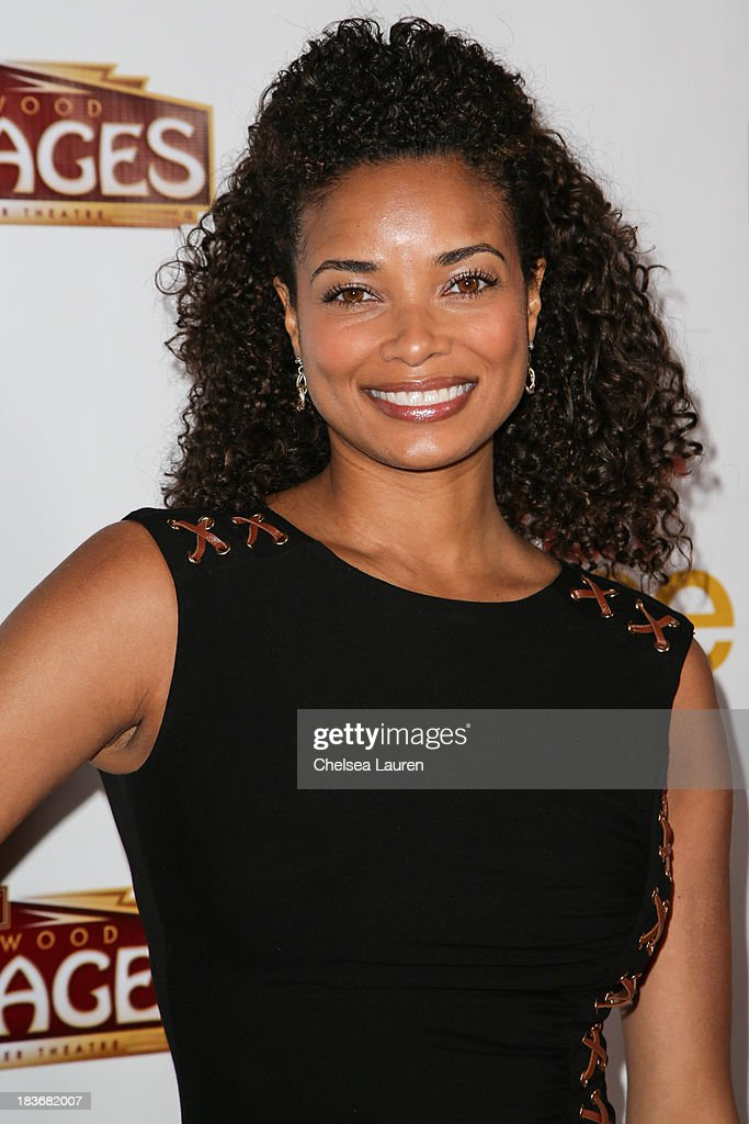Actress <a gi-track='captionPersonalityLinkClicked' href=/galleries/search?phrase=Rochelle+Aytes&family=editorial&specificpeople=843599 ng-click='$event.stopPropagation()'>Rochelle Aytes</a> attends the 'War Horse' red carpet opening night at the Pantages Theatre on October 8, 2013 in Hollywood, California.