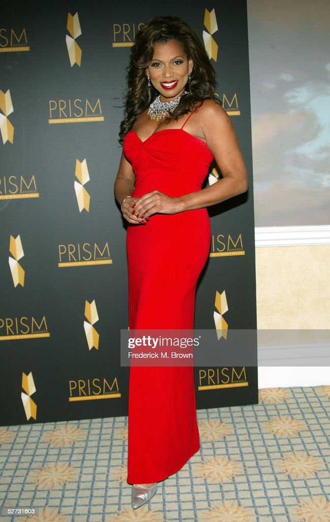 Actress Rolanda Watts arrives at the 9th Annual PRISM Awards at the Beverly Hills Hotel on April 28, 2005 in Beverly Hills, California.