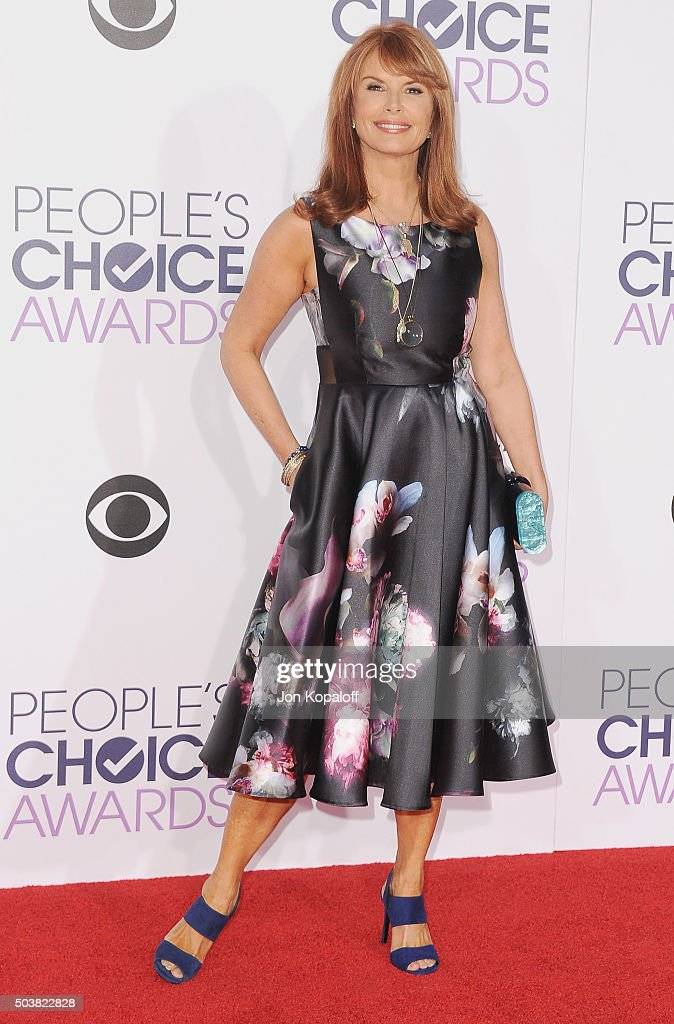 Actress Roma Downey arrives at People's Choice Awards 2016 at Microsoft Theater on January 6, 2016 in Los Angeles, California.
