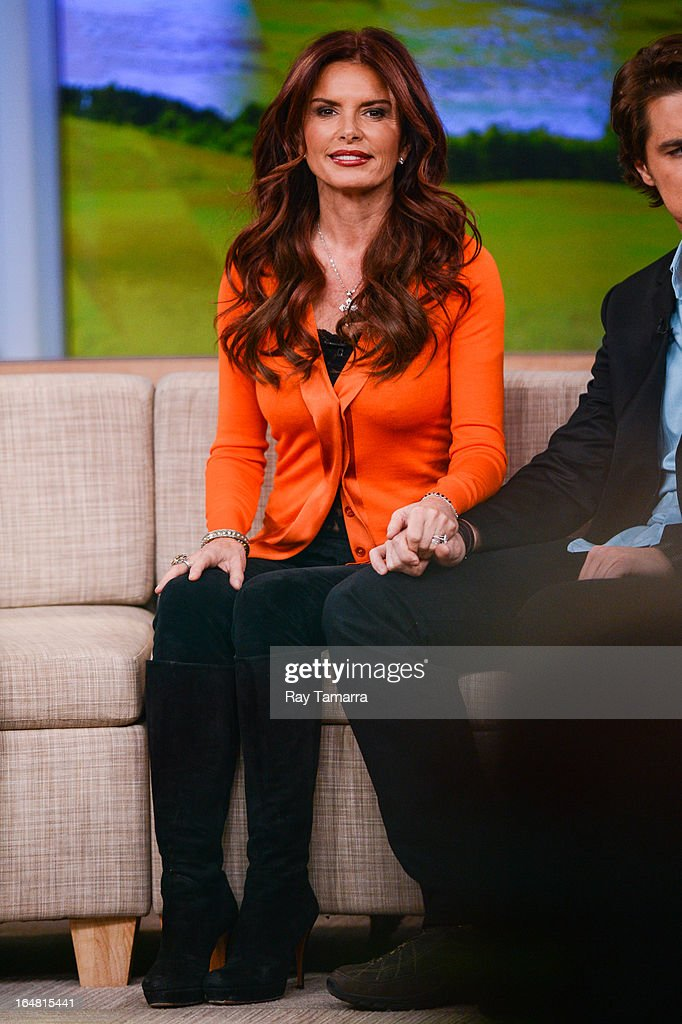 Actress <a gi-track='captionPersonalityLinkClicked' href=/galleries/search?phrase=Roma+Downey&family=editorial&specificpeople=214162 ng-click='$event.stopPropagation()'>Roma Downey</a> tapes an interview at 'Good Morning America' at the ABC Times Square Studios on March 28, 2013 in New York City.