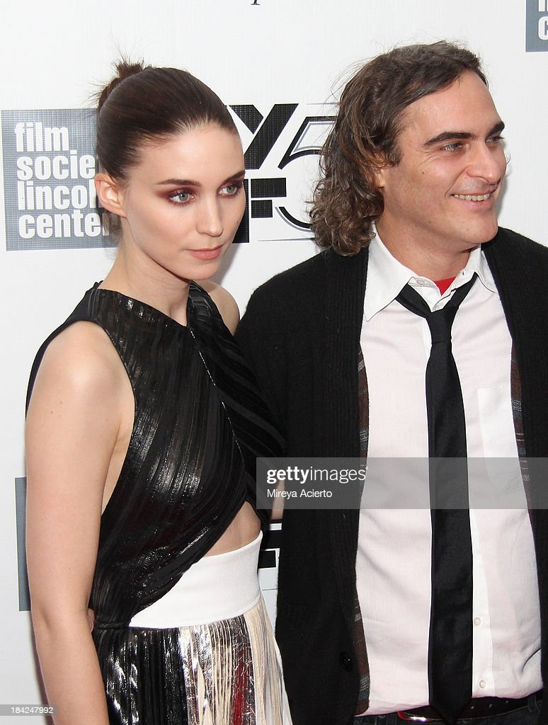 Actress <a gi-track='captionPersonalityLinkClicked' href=/galleries/search?phrase=Rooney+Mara&family=editorial&specificpeople=5669181 ng-click='$event.stopPropagation()'>Rooney Mara</a> and actor <a gi-track='captionPersonalityLinkClicked' href=/galleries/search?phrase=Joaquin+Phoenix&family=editorial&specificpeople=215391 ng-click='$event.stopPropagation()'>Joaquin Phoenix</a> attend the Closing Night Gala Presentation Of 'Her' during the 51st New York Film Festival at Alice Tully Hall at Lincoln Center on October 12, 2013 in New York City.