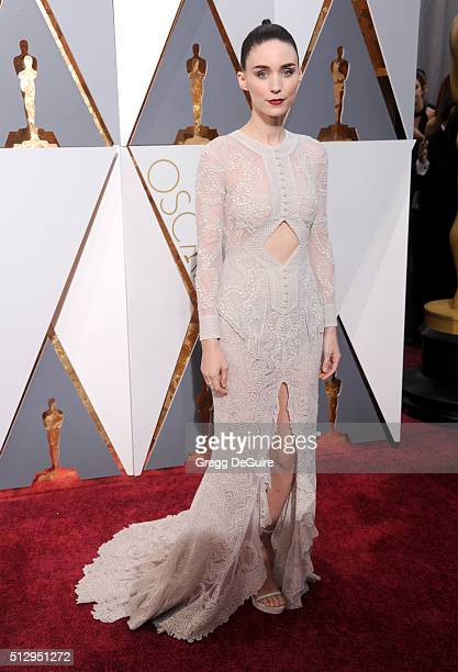 Actress Rooney Mara arrives at the 88th Annual Academy Awards at Hollywood Highland Center on February 28 2016 in Hollywood California