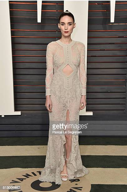 Actress Rooney Mara attends the 2016 Vanity Fair Oscar Party Hosted By Graydon Carter at the Wallis Annenberg Center for the Performing Arts on...
