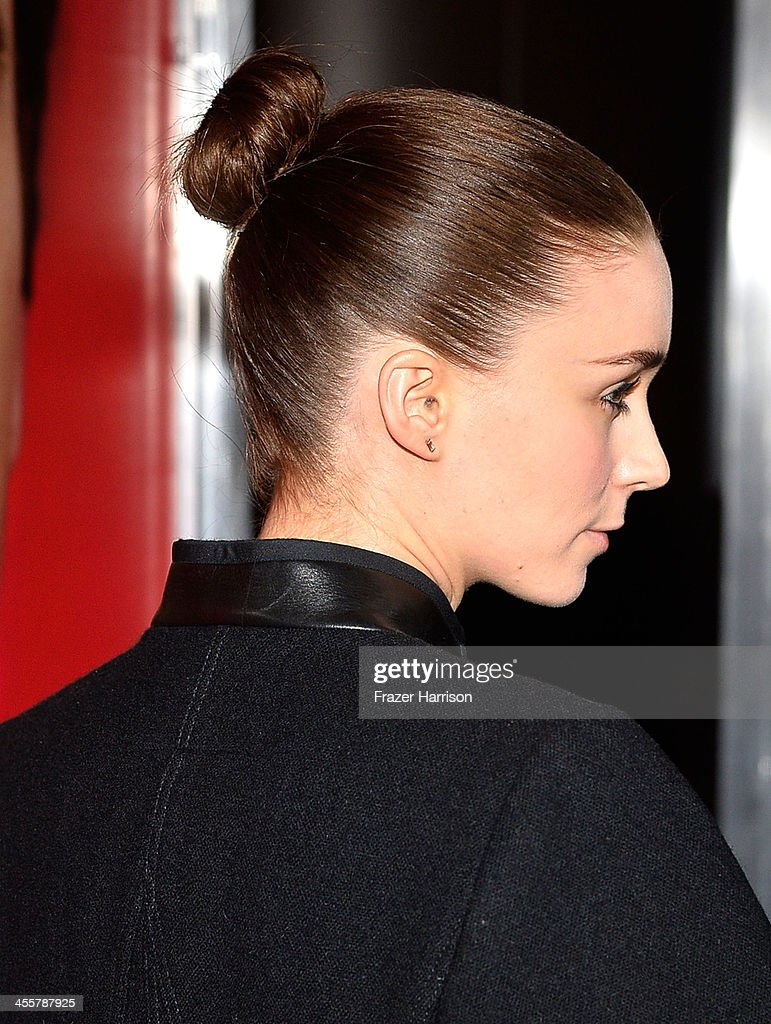 Actress Rooney Mara attends the premiere of Warner Bros. Pictures 'Her' at DGA Theater on December 12, 2013 in Los Angeles, California.