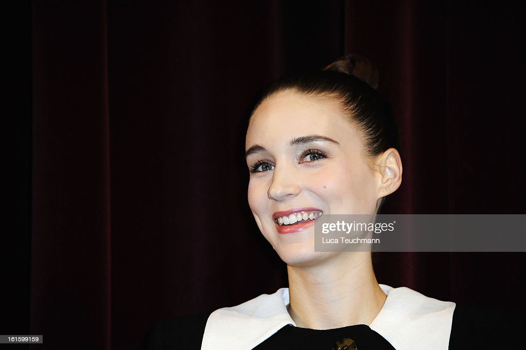Actress <a gi-track='captionPersonalityLinkClicked' href=/galleries/search?phrase=Rooney+Mara&family=editorial&specificpeople=5669181 ng-click='$event.stopPropagation()'>Rooney Mara</a> attends the 'Side Effects' Premiere during the 63rd Berlinale International Film Festival at Berlinale Palast on February 12, 2013 in Berlin, Germany.