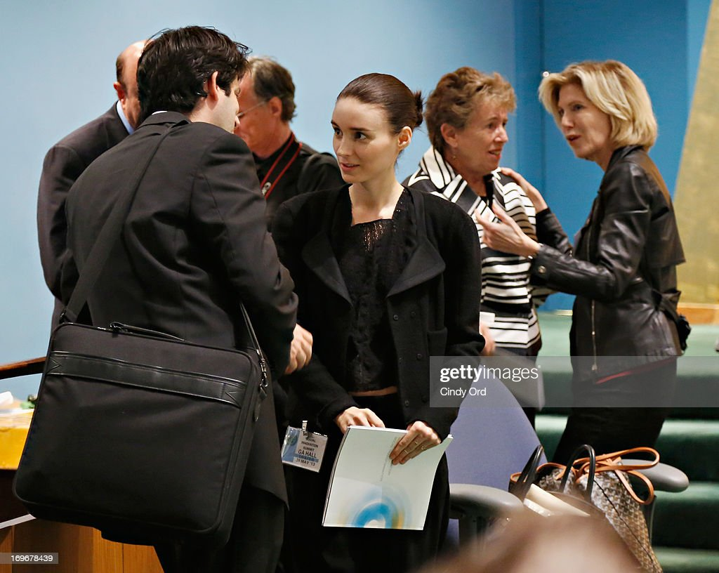 Actress <a gi-track='captionPersonalityLinkClicked' href=/galleries/search?phrase=Rooney+Mara&family=editorial&specificpeople=5669181 ng-click='$event.stopPropagation()'>Rooney Mara</a> (C) attends the Social Innovation Summit May 2013 - Day Two on May 30, 2013 in New York City.