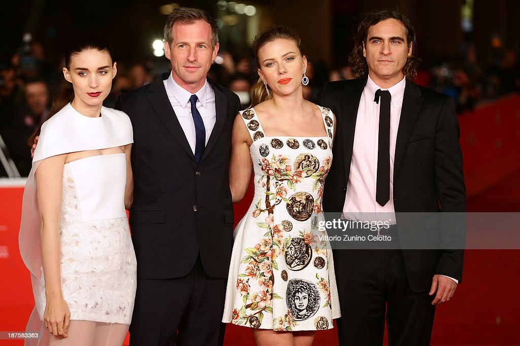 Actress <a gi-track='captionPersonalityLinkClicked' href=/galleries/search?phrase=Rooney+Mara&family=editorial&specificpeople=5669181 ng-click='$event.stopPropagation()'>Rooney Mara</a>, director <a gi-track='captionPersonalityLinkClicked' href=/galleries/search?phrase=Spike+Jonze&family=editorial&specificpeople=2619298 ng-click='$event.stopPropagation()'>Spike Jonze</a> and actors <a gi-track='captionPersonalityLinkClicked' href=/galleries/search?phrase=Joaquin+Phoenix&family=editorial&specificpeople=215391 ng-click='$event.stopPropagation()'>Joaquin Phoenix</a> and <a gi-track='captionPersonalityLinkClicked' href=/galleries/search?phrase=Scarlett+Johansson&family=editorial&specificpeople=171858 ng-click='$event.stopPropagation()'>Scarlett Johansson</a> attend 'Her' Premiere during The 8th Rome Film Festival at Auditorium Parco Della Musica on November 10, 2013 in Rome, Italy.