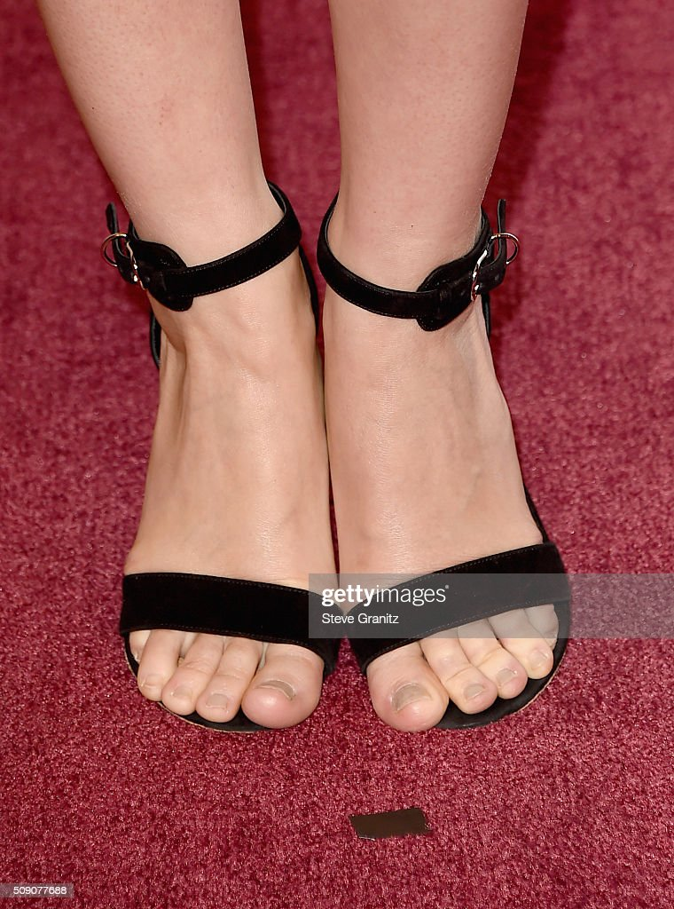 Actress <a gi-track='captionPersonalityLinkClicked' href=/galleries/search?phrase=Rooney+Mara&family=editorial&specificpeople=5669181 ng-click='$event.stopPropagation()'>Rooney Mara</a>, shoe and pedicure details, attends the 88th Annual Academy Awards nominee luncheon on February 8, 2016 in Beverly Hills, California.