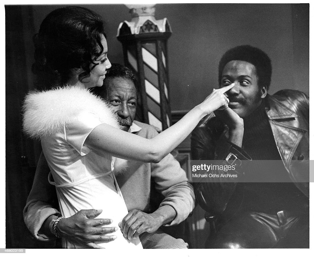 Actress Rosalind Miles with director Gordon Parks and actor Richard Roundtree on set of the movie 'Shaft's Big Score' circa 1972