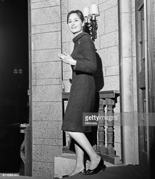 Actress Rosalind Worth backstage at the Ambassadors Theatre in London before her performance in the Agatha Christie play 'The Mousetrap' Roslalind...