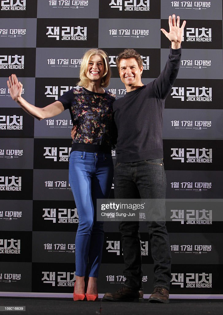Actress Rosamund Pike and actor Tom Cruise attend the 'Jack Reacher' press conference at Conrad Hotel on January 10, 2013 in Seoul, South Korea. The film will open on January 17 in Korea.