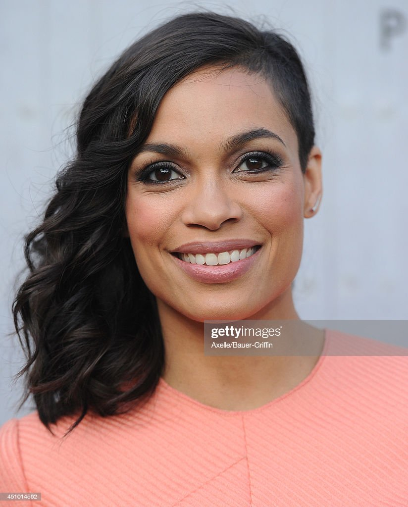 Actress <a gi-track='captionPersonalityLinkClicked' href=/galleries/search?phrase=Rosario+Dawson&family=editorial&specificpeople=201472 ng-click='$event.stopPropagation()'>Rosario Dawson</a> arrives at Spike TV's 'Guys Choice' Awards at Sony Studios on June 7, 2014 in Los Angeles, California.