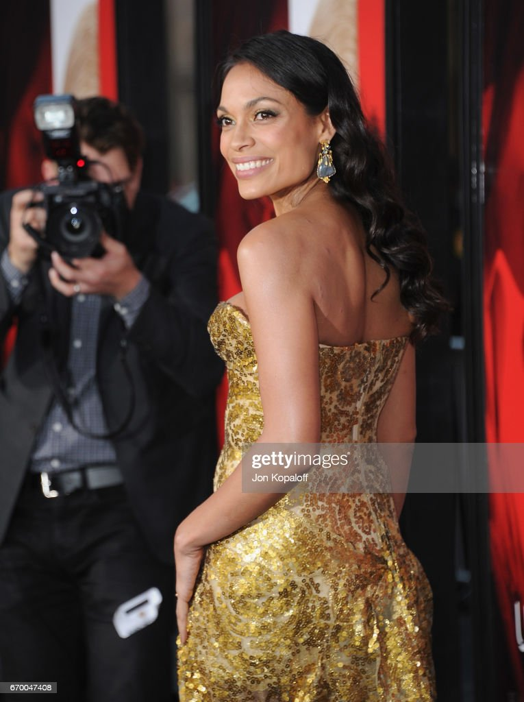 Actress Rosario Dawson arrives at the Los Angeles Premiere 'Unforgettable' at TCL Chinese Theatre on April 18, 2017 in Hollywood, California.