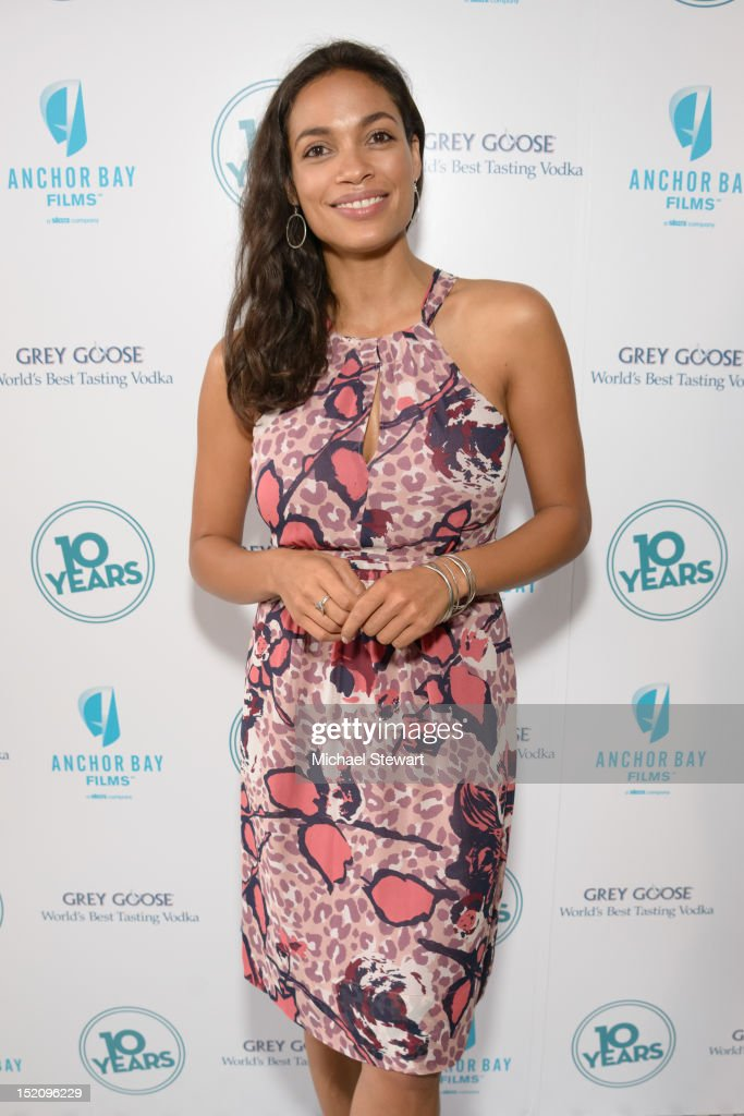Actress <a gi-track='captionPersonalityLinkClicked' href=/galleries/search?phrase=Rosario+Dawson&family=editorial&specificpeople=201472 ng-click='$event.stopPropagation()'>Rosario Dawson</a> attends '10 Years' New York Brunch Reunion at Hotel Chantelle on September 16, 2012 in New York City.