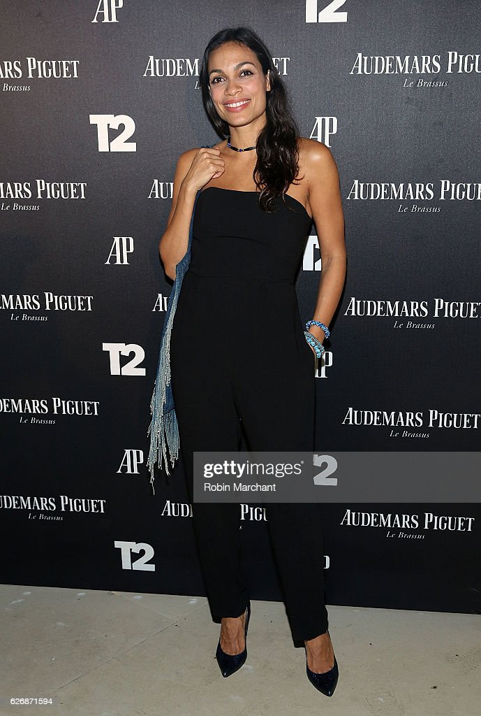 Actress Rosario Dawson attends Take-Two Interactive Hosts Miami Beach Kickoff Party On November 30th At Oceanfront Miami Beach at Oceanfront Miami Beach on November 30, 2016 in Miami, Florida.