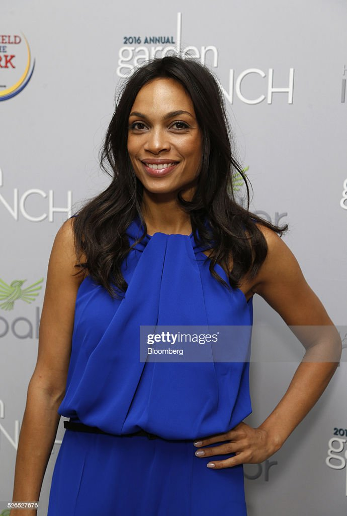 Actress Rosario Dawson attends the 23rd Annual White House Correspondents' Garden Brunch in Washington, D.C., U.S., on Saturday, April 30, 2016. The event will raise awareness for Halcyon Incubator, an organization that supports early stage social entrepreneurs 'seeking to change the world' through an immersive 18-month fellowship program. Photographer: Andrew Harrer/Bloomberg via Getty Images