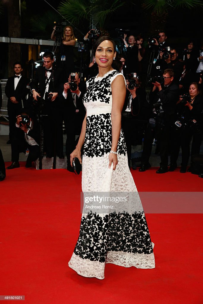Actress <a gi-track='captionPersonalityLinkClicked' href=/galleries/search?phrase=Rosario+Dawson&family=editorial&specificpeople=201472 ng-click='$event.stopPropagation()'>Rosario Dawson</a> attends the 'Captives' premiere during the 67th Annual Cannes Film Festival on May 16, 2014 in Cannes, France.