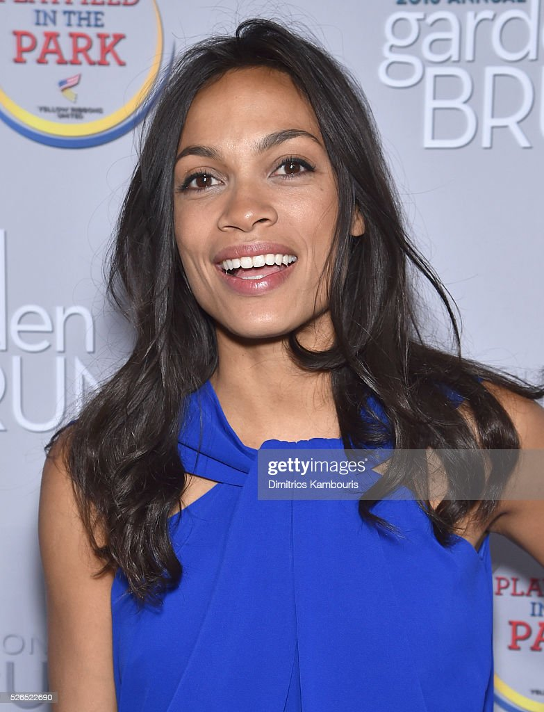 Actress Rosario Dawson attends the Garden Brunch prior to the 102nd White House Correspondents' Association Dinner at the Beall-Washington House on April 30, 2016 in Washington, DC.
