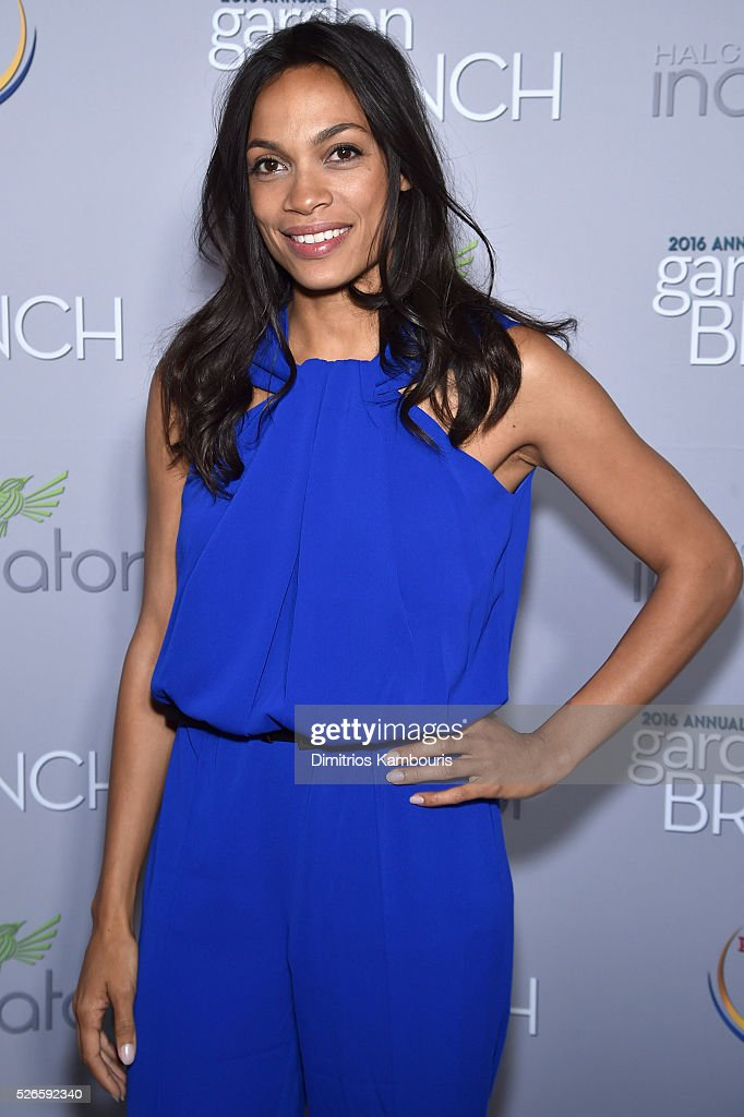 Actress <a gi-track='captionPersonalityLinkClicked' href=/galleries/search?phrase=Rosario+Dawson&family=editorial&specificpeople=201472 ng-click='$event.stopPropagation()'>Rosario Dawson</a> attends the Garden Brunch prior to the 102nd White House Correspondents' Association Dinner at the Beall-Washington House on April 30, 2016 in Washington, DC.