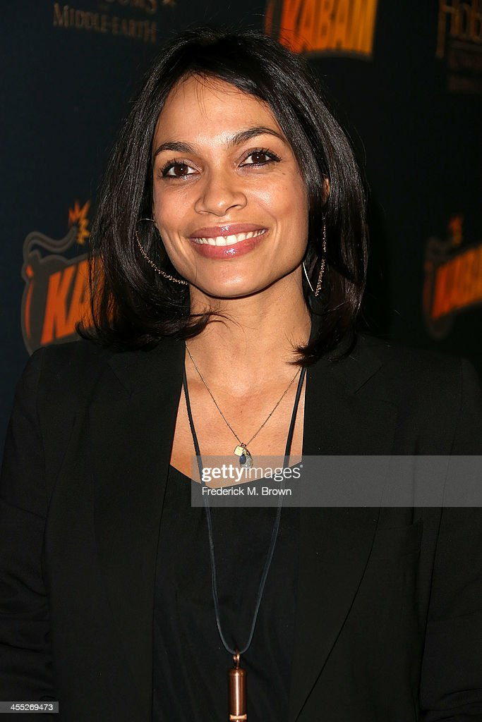 Actress <a gi-track='captionPersonalityLinkClicked' href=/galleries/search?phrase=Rosario+Dawson&family=editorial&specificpeople=201472 ng-click='$event.stopPropagation()'>Rosario Dawson</a> attends 'The Hobbit: The Desolation of Smaug' Expansion Pack Mobile Game Launch at Eveleigh on December 11, 2013 in West Hollywood, California.