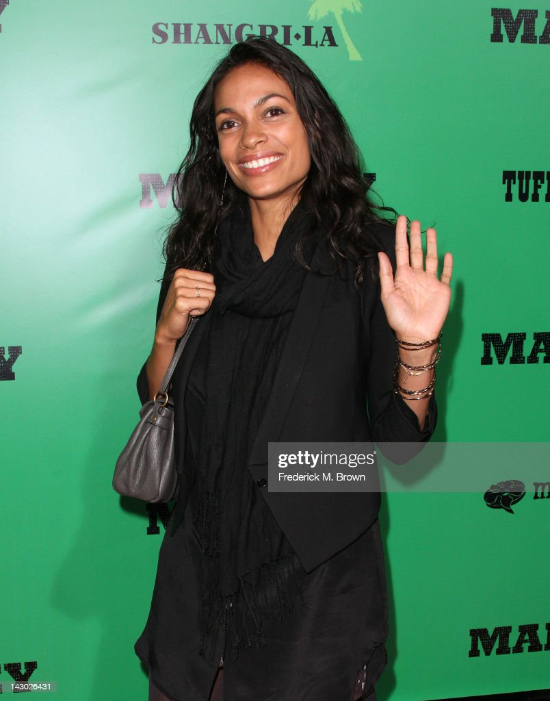 Actress <a gi-track='captionPersonalityLinkClicked' href=/galleries/search?phrase=Rosario+Dawson&family=editorial&specificpeople=201472 ng-click='$event.stopPropagation()'>Rosario Dawson</a> attends the Premiere of Magnolia Pictures' 'Marley' at the ArcLight Hollywood on April 17, 2012 in Hollywood, California.