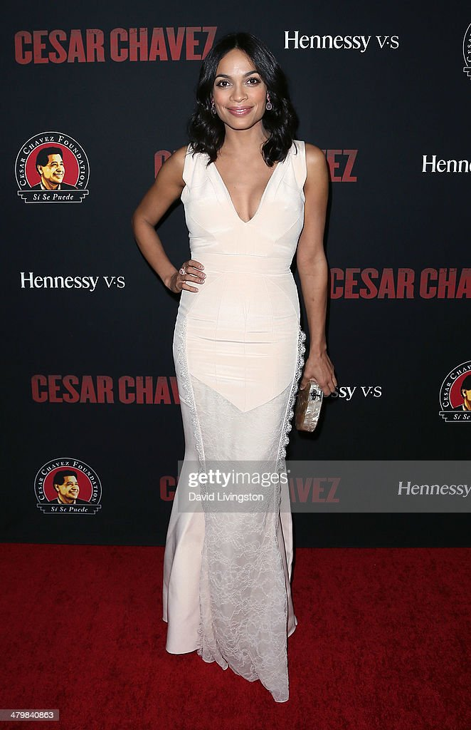 Actress <a gi-track='captionPersonalityLinkClicked' href=/galleries/search?phrase=Rosario+Dawson&family=editorial&specificpeople=201472 ng-click='$event.stopPropagation()'>Rosario Dawson</a> attends the premiere of Pantelion Films and Participant Media's 'Cesar Chavez' at TCL Chinese Theatre on March 20, 2014 in Hollywood, California.