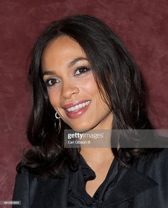 Actress Rosario Dawson poses for a photo at the special screening of the film 'Cesar Chavez'... Show more - actress-rosario-dawson-poses-for-a-photo-at-the-special-screening-of-picture-id481262855